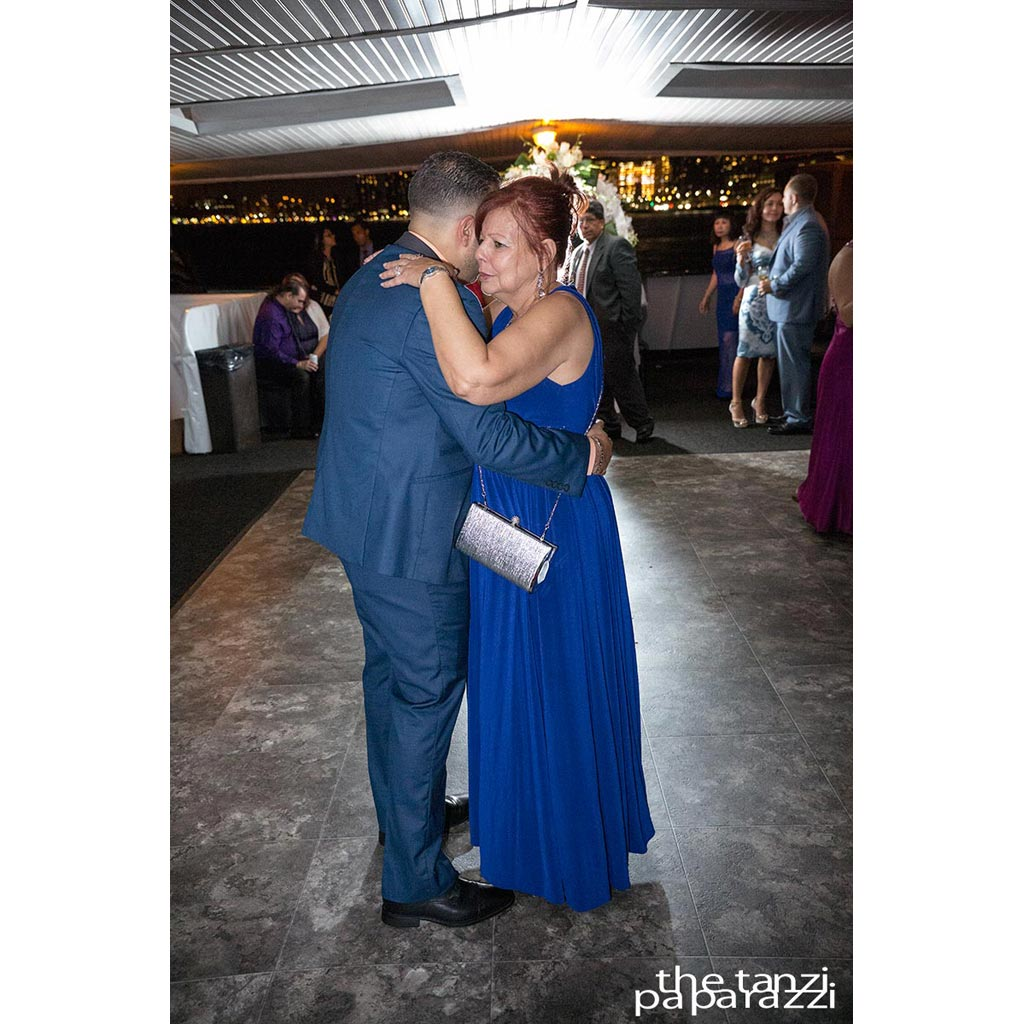 skyline-cruises-party-pictures (66)