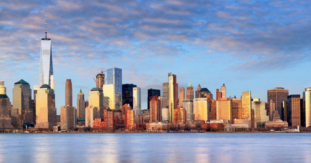a guide to the manhattan skyline skyline cruises. Black Bedroom Furniture Sets. Home Design Ideas