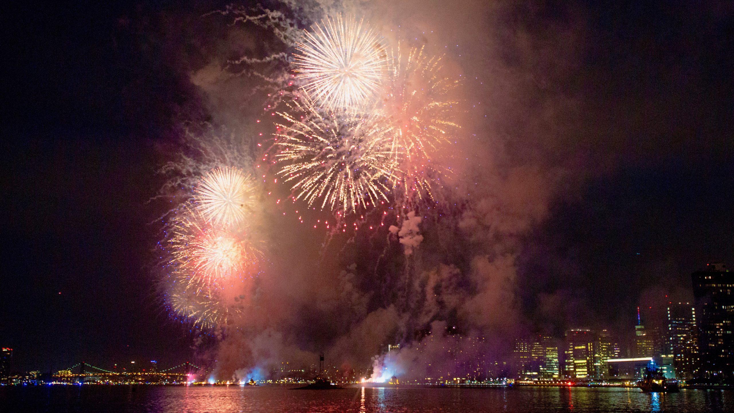 NYC july 4 fireworks
